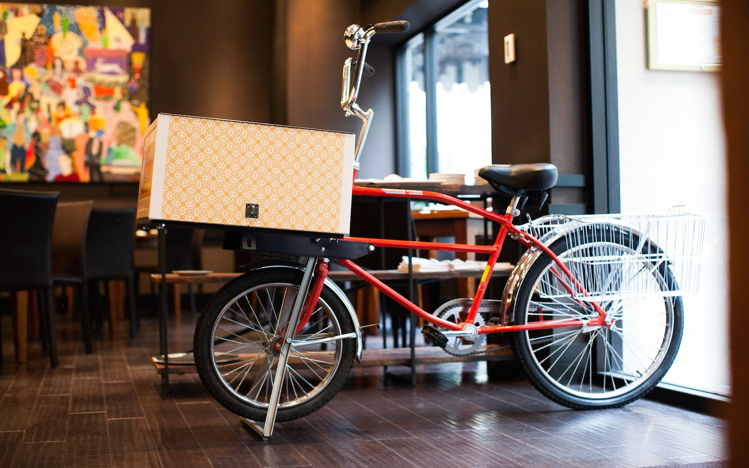 New Orleans Luxury Apartments-pizza delivery